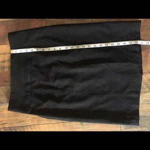 H&M's black skirt
